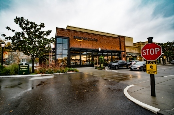 Amazon Books in Seattle's University Village The First Physical Store