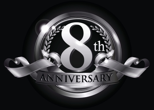 8th silver anniversary logo